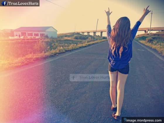 alone-fashionable-girl-walk-road-cool-beauty