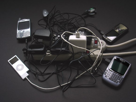 cell-phone-chargers-580x435