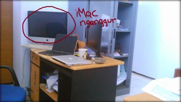 """iMac yang speakernya lumayan dan """"nganggur"""""""